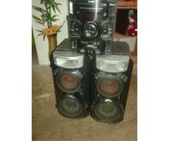 Vendo Pontete Radio Sony Gtr888