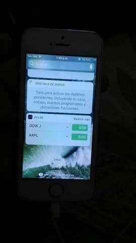 iPhone 5 S de 16 Gb con Dos Covers