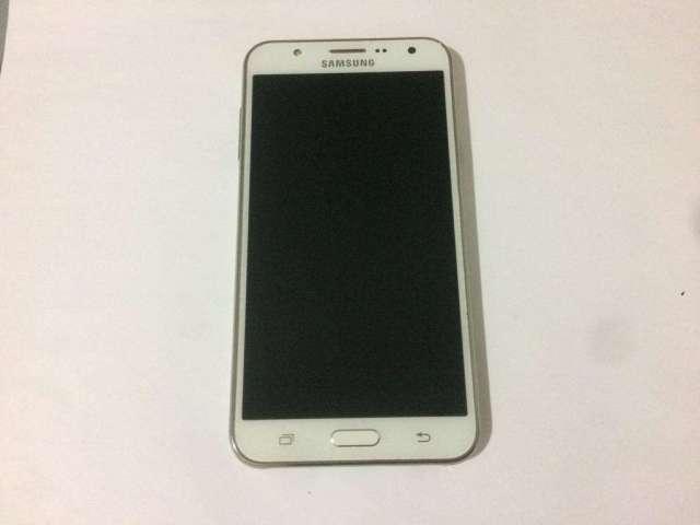 Samsung J7 (Menos de Un Mes de Uso)
