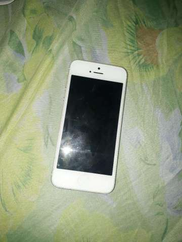 iPhone 5 Impecable Piezas Placa Dañada