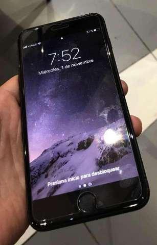 Vendo iPhone 7 Plus D 32Gb en Caja