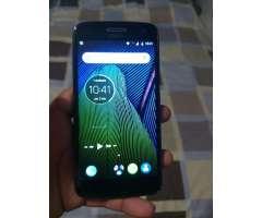 Se vende Motorola g5 PLus 120
