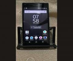 Se Vende o Cambia Sony Xperia Z5 Compact