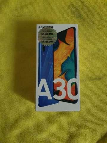 Samsung A30. Nuevo